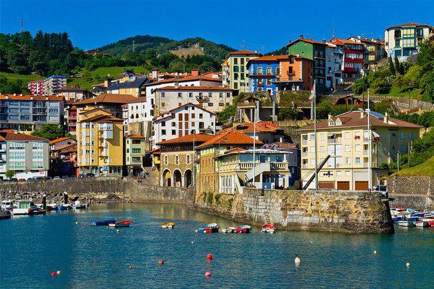 Mutriku (Guipúzcoa) - Hotel n el País Vasco