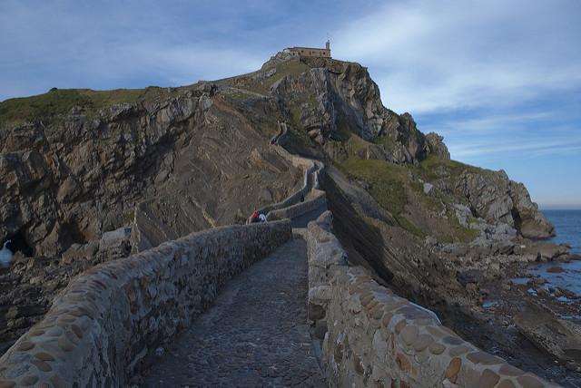 Puente de San Juan de Gaztelugaxte (Vizcaya) - Turismo en Euskadi