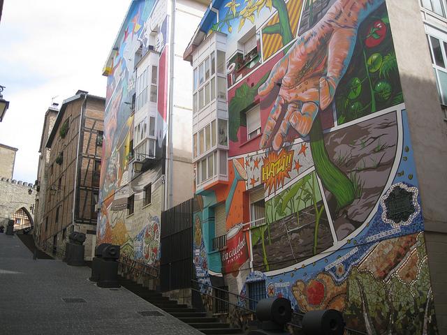Street Art en Vitoria (Álava) - Qué Visitar en el País Vasco
