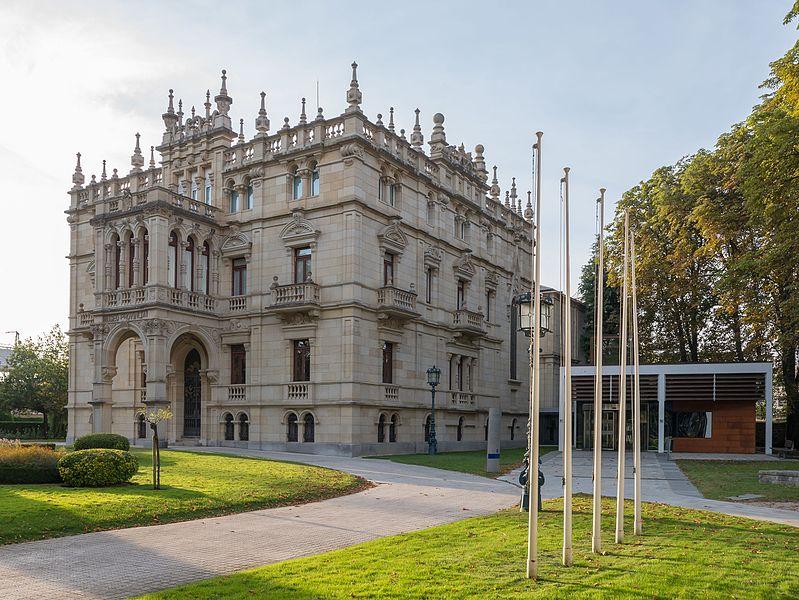 Museo de Bellas Artes de Álava - Hotel en el País Vasco