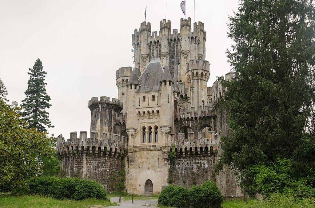 Castillo de Butrón en Gatica (Vizcaya) - Qué visitar en el País Vasco