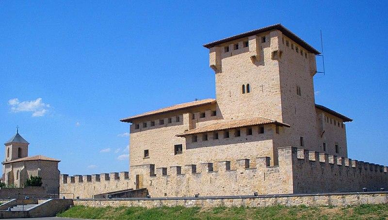 Castillo de Varona en Villanañe (Álava) - Qué visitar en el País Vasco
