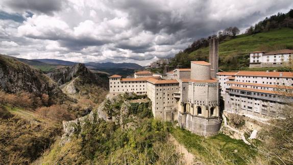 Santuario de Arantzazu (Guipúzcoa) - Qué Visitar en el País Vasco