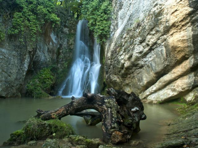 Cascada del Molino de Oteo - Qué Visitar en el País Vasco