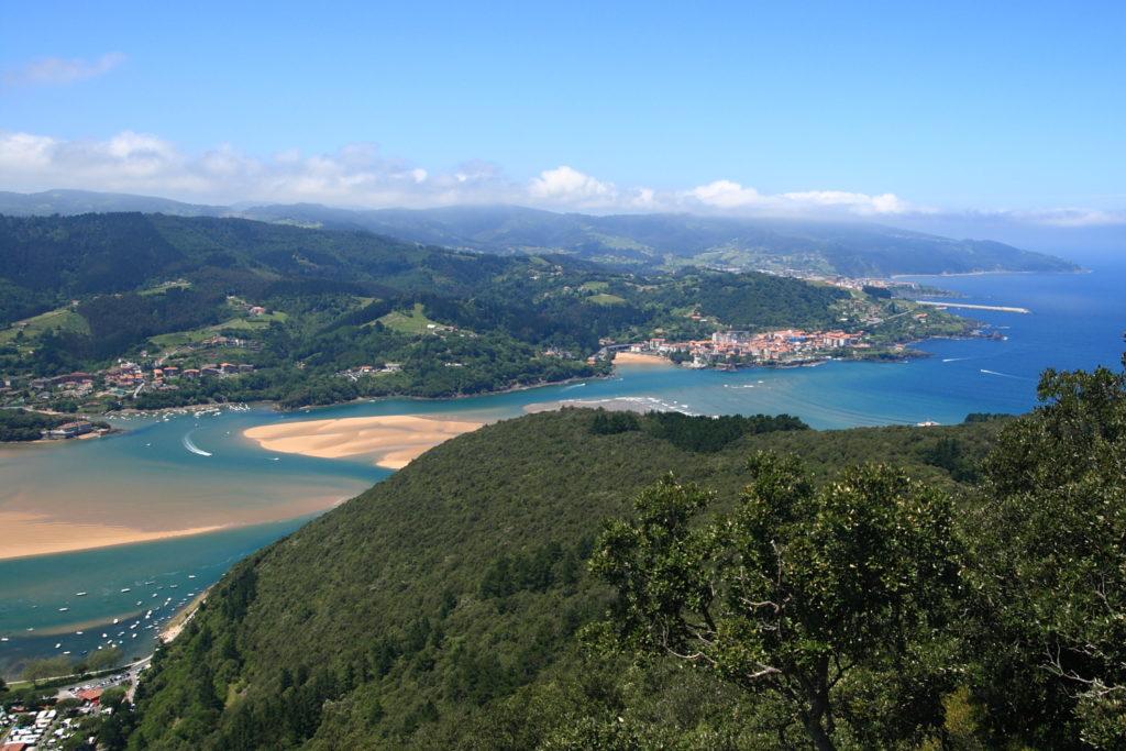 San Pedro de Atxarre (Ibarrangelu) - Qué visitar en el País Vasco