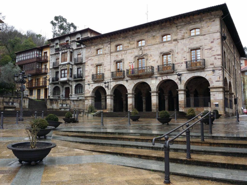 Ayuntamiento de Balmaseda - Qué visitar en el País Vasco
